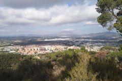 Panorámica de Martorell con el macizo de Montserrat de fondo