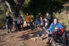 Descanso en el corriol / sendero a la Cova de les Arnes desde Collbató