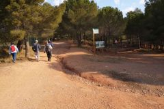 Bifurcación a Collbató / els Blaus y el Puig por les Bramones