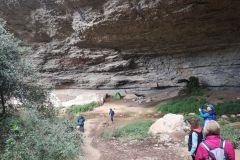 La Balma de Can Solà, entrando por el acceso norte.