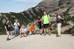 Hacia la estación superior del funicular de Sant Joan, para reunirnos con el resto del grupo